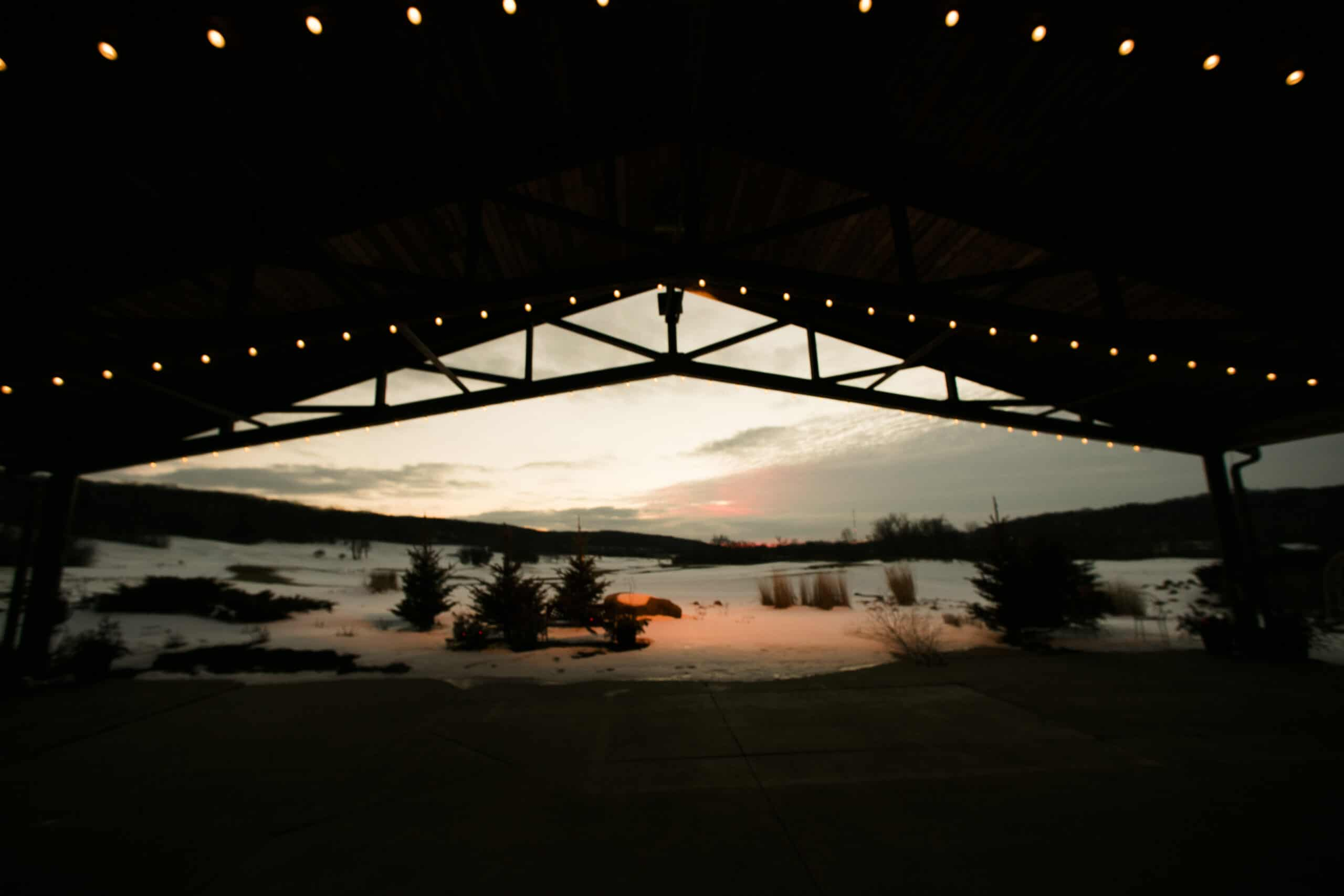 Picture gallery hawk 39 s view golf club for 10 overlook terrace